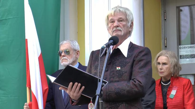"""""""Ismét ácsolják nekünk a keresztet…"""" – Papp Lajos október 23-ai beszéde (videó)"""
