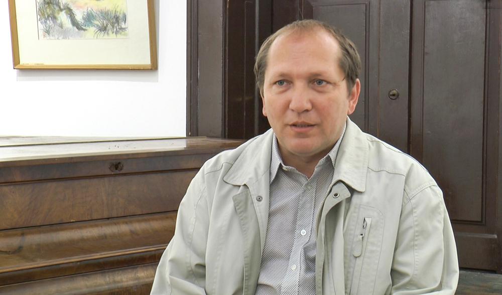 A múltunk kötelez – Beszélgetés Demeter Lászlóval, a Kelet Kapuja kiadójával